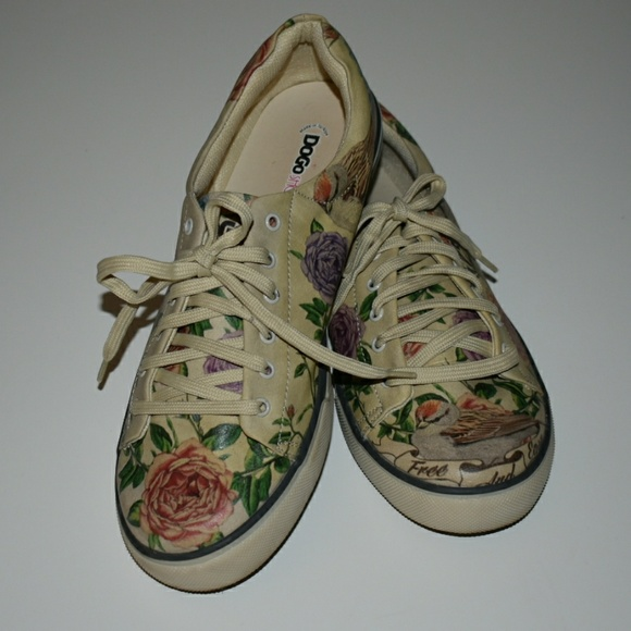 34e41953a Dogo Shoes - Dogo Shoes with Rose and Sparrow Shoes